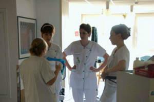 Bologna, in tre anni persi 120 infermieri