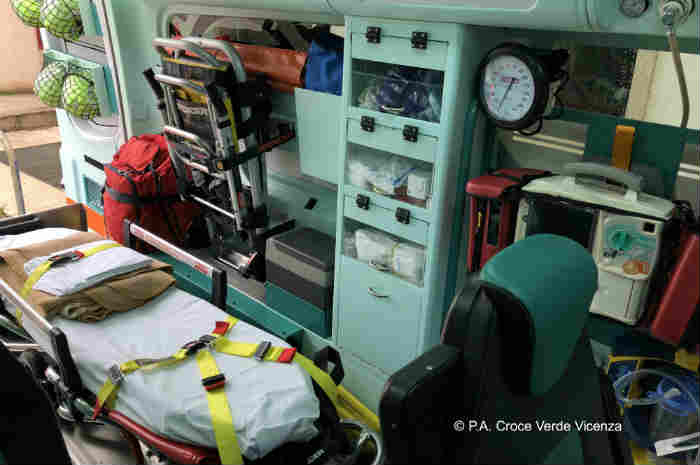 interno di un'ambulanza