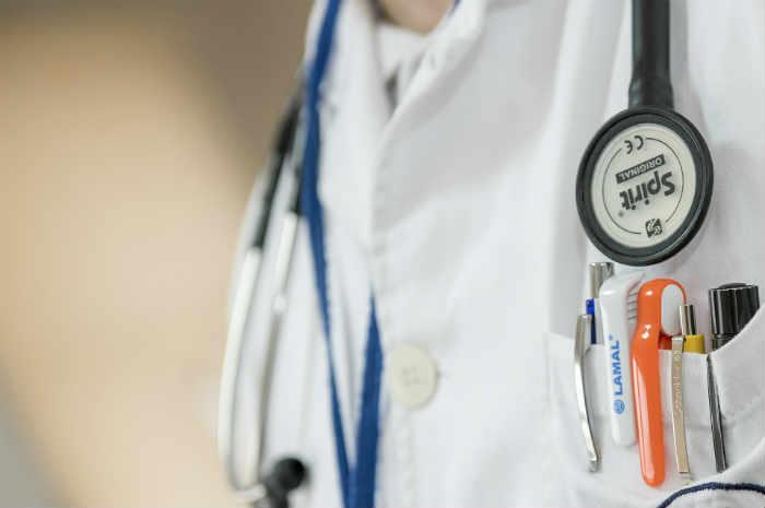 divisa da professionista sanitario