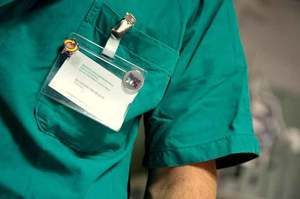Professione infermiere, oltre alle flebo c'è di più