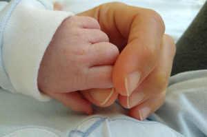 Positiva al Covid-19 partorisce bimbo sano: una storia di fiducia