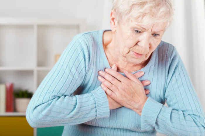 anziana donna con scompenso cardiaco
