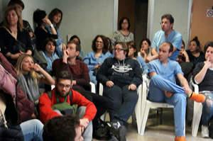 Diritto al riposo, gli infermieri: Sanzionateci tutti