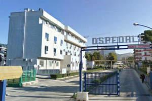 Infermiere prostitute di notte in ospedale, la denuncia