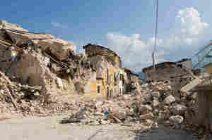 Infermieri colpiti dal sisma, da Enpapi cinquemila euro