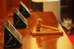 Abuso di professione: Assolti perché il fatto non sussiste