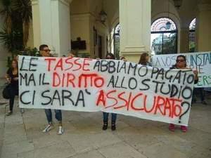 Taranto. A rischio i corsi di laurea, la protesta degli studenti